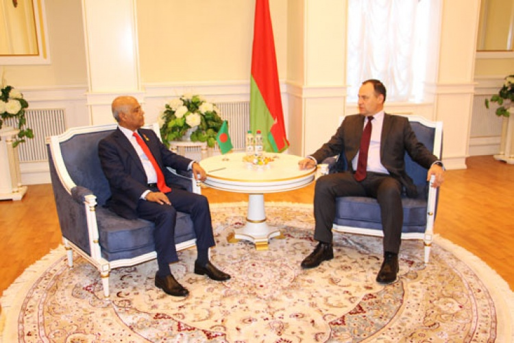 Chairman of the State Authority for Military Industry has met with the Ambassador Extraordinary and Plenipotentiary of Bangladesh