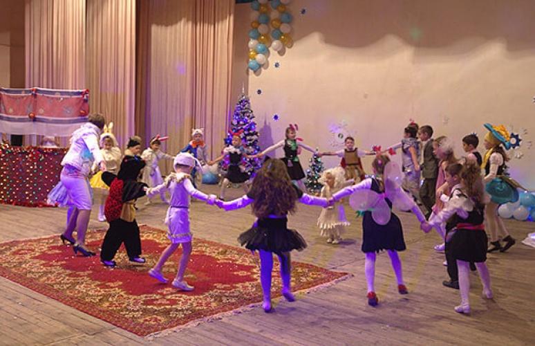 """Новогодняя благотворительная акция """"Наши дети"""""""
